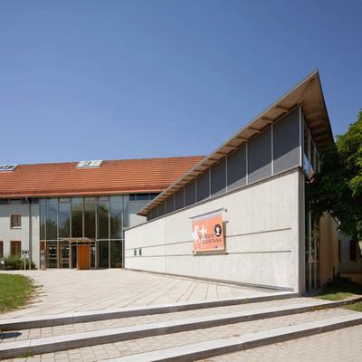 Das Museum Quintana, das Partnermuseum der Archäologischen Staatssammlung München, bietet von der Steinzeit bis zu den Römerneine spannende Zeitreise im Deggendorfer Land