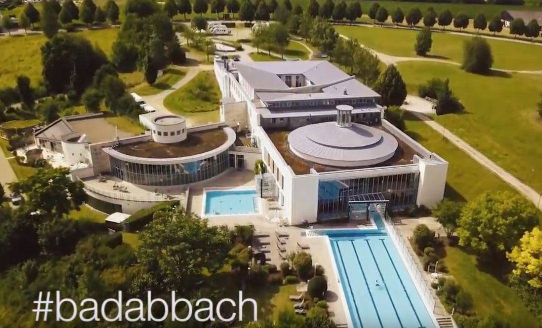 Die Kaiser-Therme in Bad Abbach aus der Luft