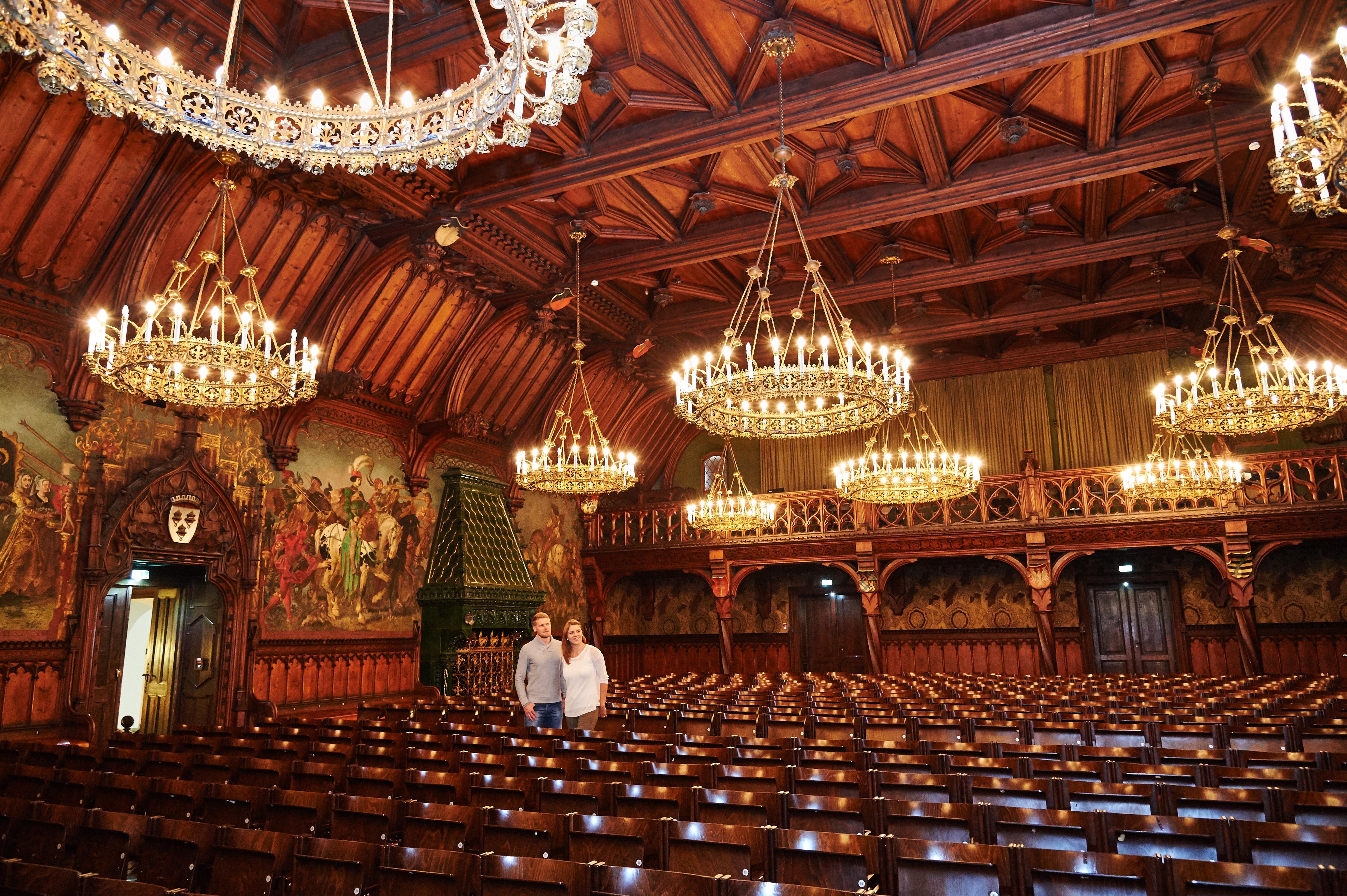"""Der Rathausprunksaal - die """"räumliche Seele"""" des Rathauses in Landshut - wurde 1878 von Georg Hauberisser gestaltet."""